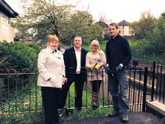 Bob Supporting Local Residents At Glenavon Flats during the 'Maryhill Mop Up'